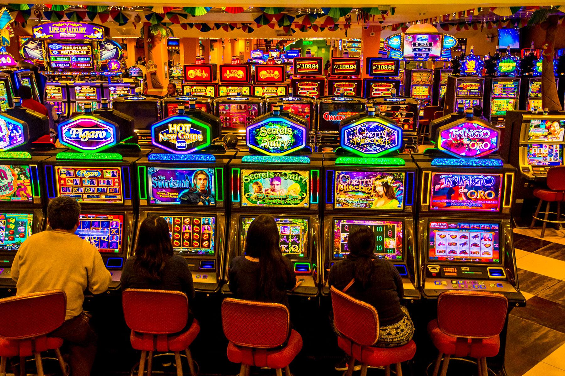casino tropicana san juan de miraflores